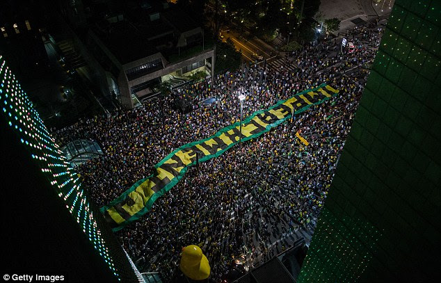A view from above shows the extend of the protest which is against Luiz Inacio Lula da Silva becoming the government's chief of staff
