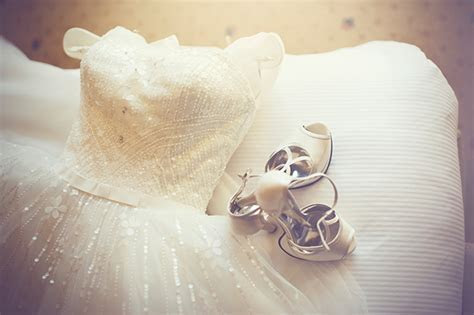 How to clean your wedding dress   HELLO!