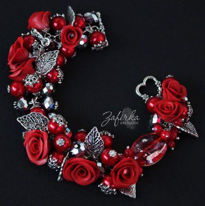 Браслет `Фламенко`. Пламенный красный и холодный серебристый в ярком сверкающем браслете с розами ручной работы и стеклянными бусинами на фурнитуре под старое серебро.    Внимание, возможно изготовление на заказ изделия по мотивам этой работы.