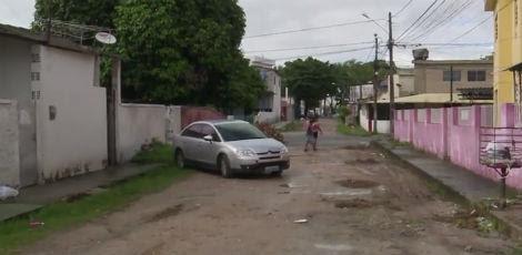 A ação dos suspeitos ocorreu na Rua Salvador Vital, por volta das 18h30 / Foto: Reprodução/ TV Jornal