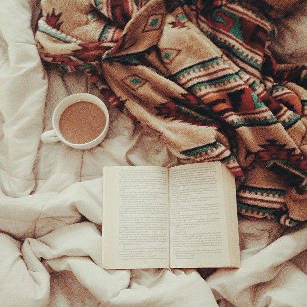Bonnie (@Bonnie Barton) | Lazy Sunday morning before workin on a shoot ❤❤ | Intagme - The Best Instagram Widget