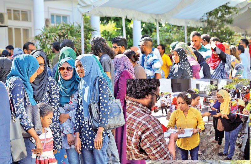 extended voting at Maldives election