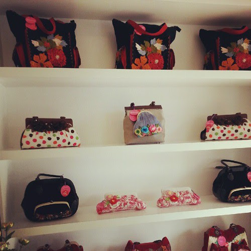 Koleksi Missrella dari Australia. Handmade beg wanita ada di Butik Kay Maria
