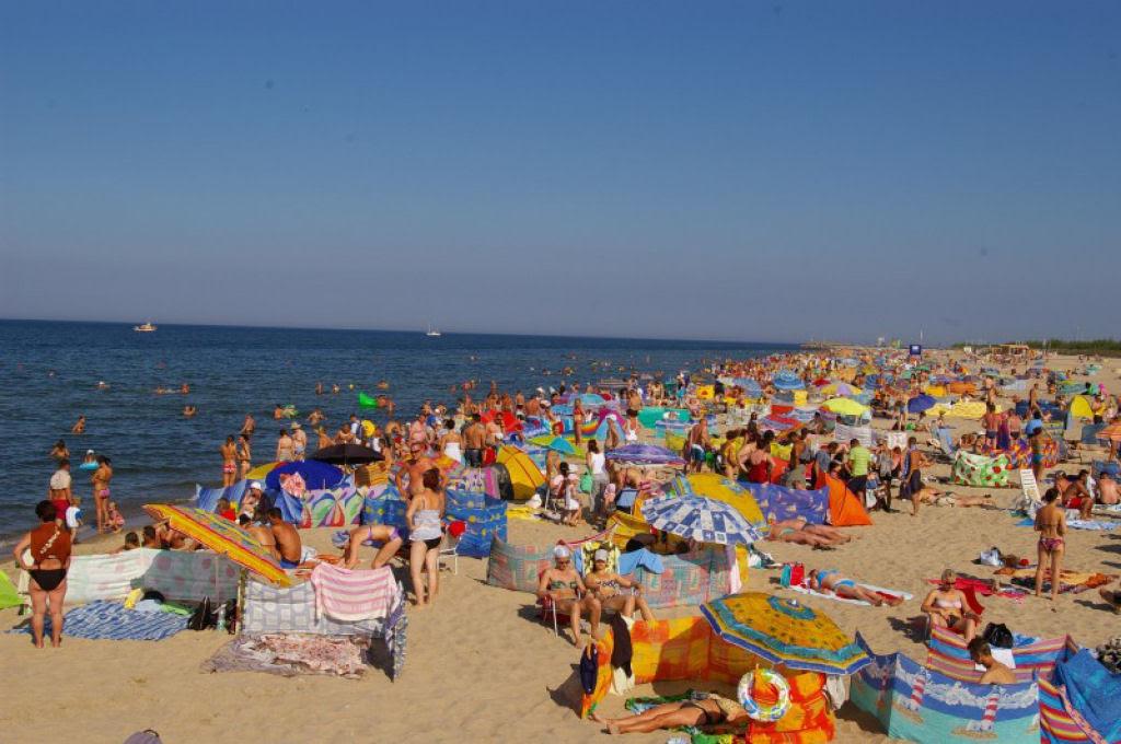 Separadores de espaço na praia, uma tradição polonesa 10