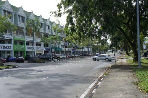 ホテルの近所の商店街