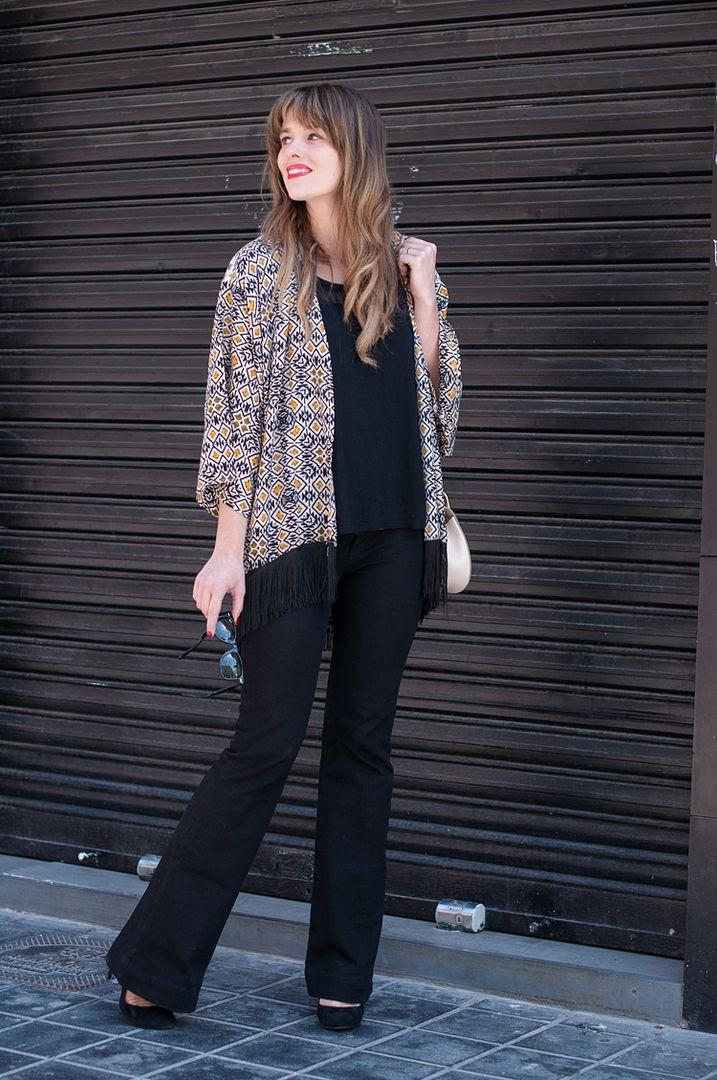 http://i1185.photobucket.com/albums/z343/macagea/macagea143/8-kimono-street_style-chleo_drew_bag_zpsuba14el6.jpg