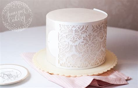How to Use Cake Stencils: Tips, Tricks & Tutorials