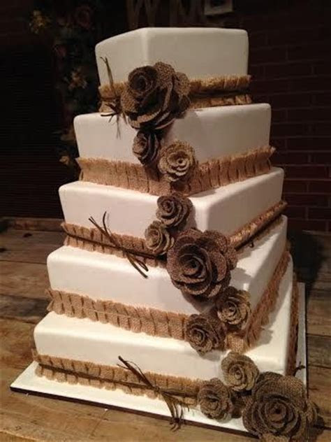 25  best ideas about Western wedding cakes on Pinterest