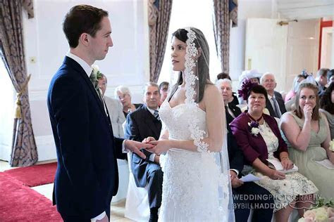 Civil Wedding Ceremony Leicestershire   Leicester wedding
