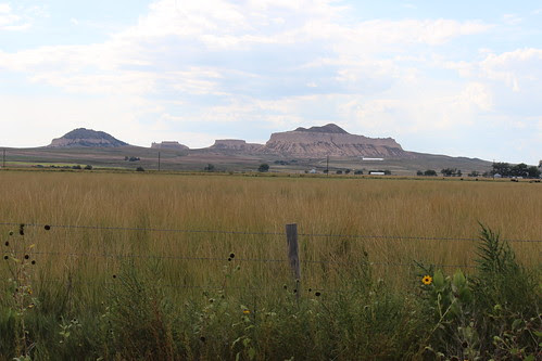 IMG_1709_Rock_Formations_West_of_Chimney_Rock_Nebraska
