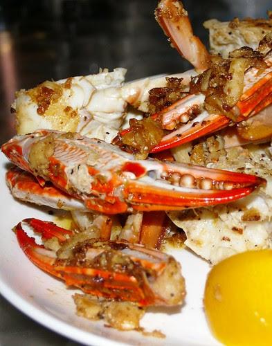Buttery Pepper Crab