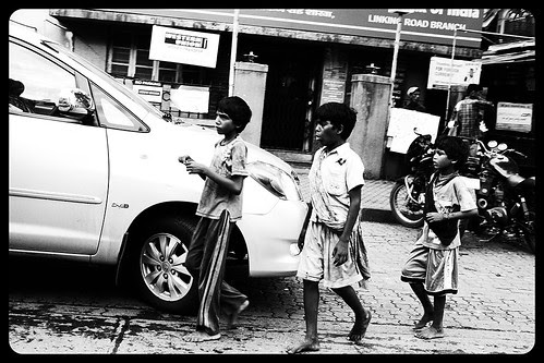 In India Beggar Kids Mature Much Before Their Parents ... by firoze shakir photographerno1