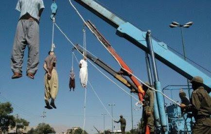 Cinq Iraniens condamnés à mort pour trafic de drogue ont été pendus lundi matin à la prison de Shahroud (nord), a rapporté l'agence officielle Irna, sans fournir plus de précisions.