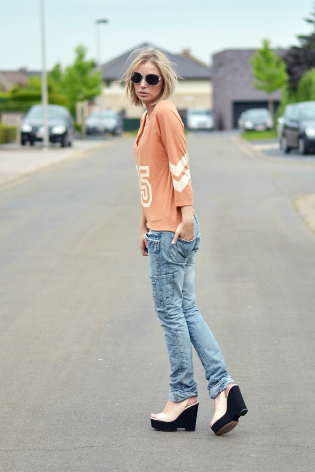 nelly top zara trf jeans zara trf pink nude wedge heels 2014 summer collection outfit post fashion blogger turn it inside out summer inspiration boyfriend look rock heels cool