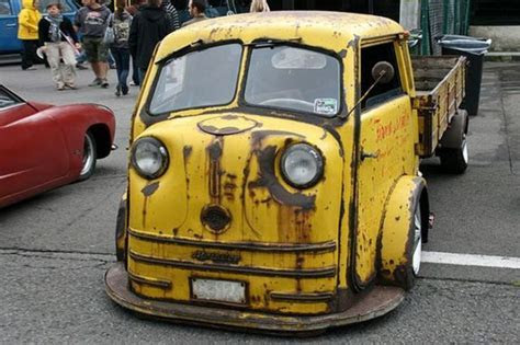 The Weirdest Car Customizations Ever (32 pics)   Izismile.com