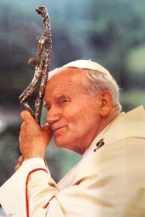 François rend hommage à Jean-Paul II