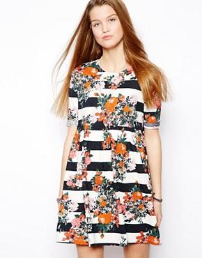 Hängerkleid mit Streifen- und Blumenmuster
