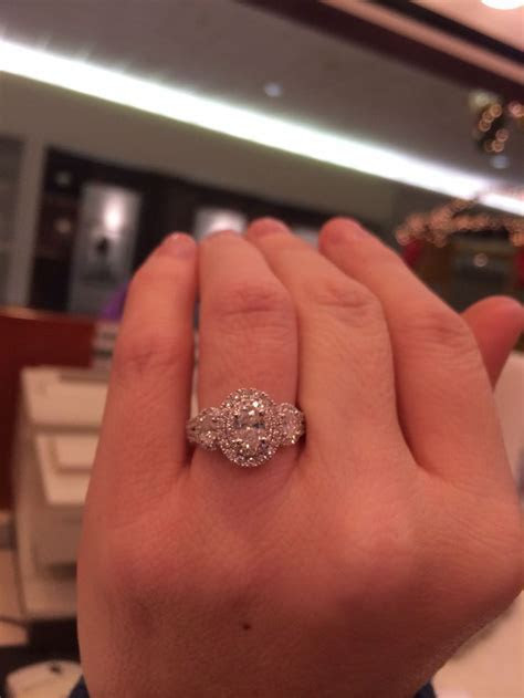 Vera wang love oval double halo with saphire under the