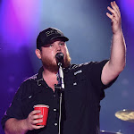 Luke Combs To Drop New 5-song Ep,