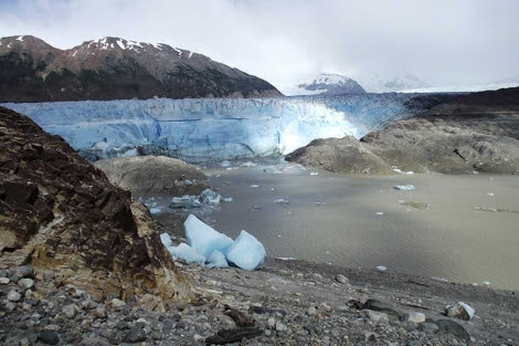 El lago Cachet 2, que ha perdido sus 2.000 litros de agua. | Foto: Gob. de Chile