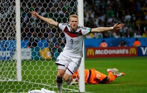Schuerrle gol Alemanha x Argélia no Beira-Rio (Foto: Reuters)