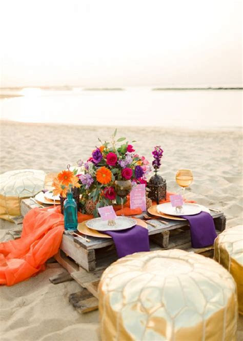 rustic beach wedding pallet table   Deer Pearl Flowers