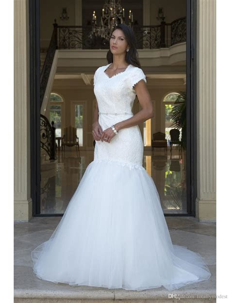 Fit And Flare Long Modest Wedding Dresses With Tulip