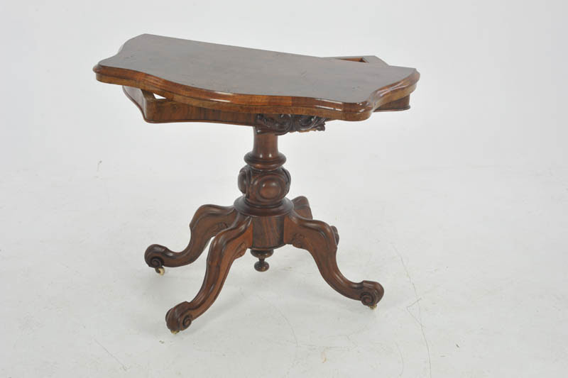 Antique Card Table Victorian Card Table Walnut Scotland 1870 B1036