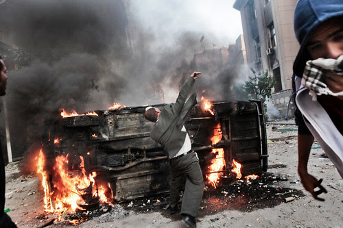 Egyptians defend themselves against attacks by the security forces. 33 people were killed in three days of fighting beginning on November 18, 2011. by Pan-African News Wire File Photos