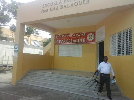 Profesores paralizan docencia en Santiago