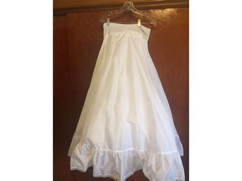 Other $600 Size: 16   Used Wedding Dresses
