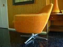Overman Pod Chair 04