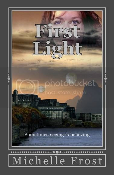 https://www.goodreads.com/book/show/19137222-first-light