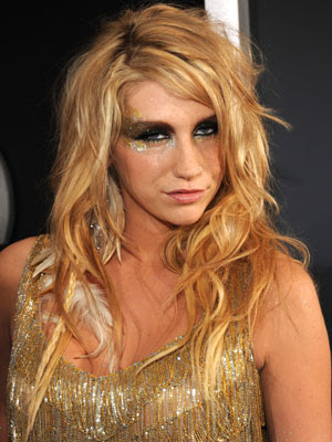 taylor swift kesha look alike