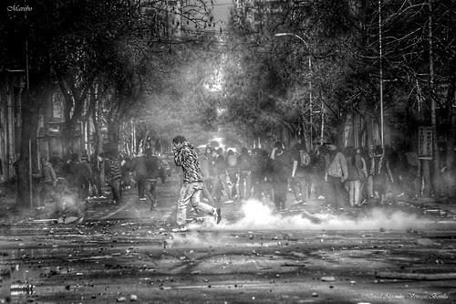 Santiago de Chile. Protesta estudiantil by Alejandro Bonilla