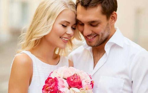 Romantic Love Shayari For Husband Wife In Hindi