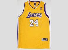 KOBE BRYANT Hand Signed LA Lakers Singlet Jersey with COA