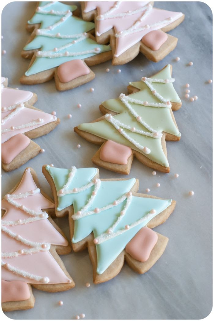 pastel christmas tree decorated cookies