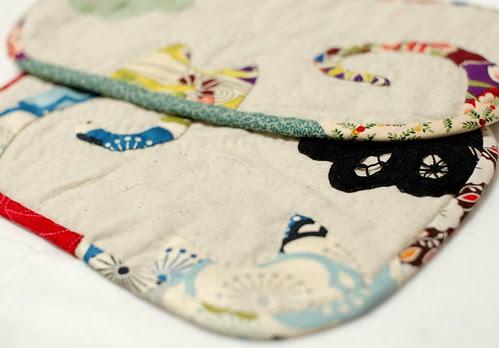 I like flower cat, mini quilt