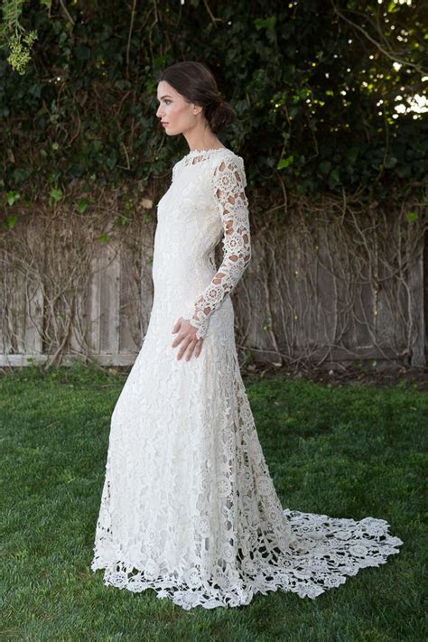 Low Back Crochet Lace Wedding Dress   Bohemian Wedding