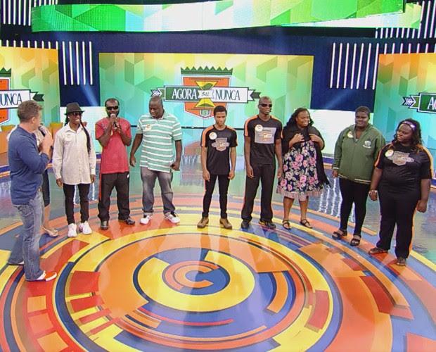 Jovens estão no Brasil há quinze anos (Foto: TV Globo)