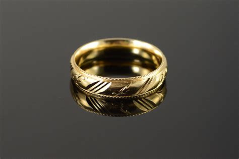 beautiful carved engraved fancy wedding band mens