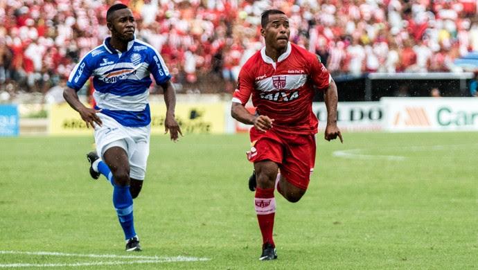 Marcos Aurélio, meia-atacante do CRB (Foto: Jonathan Lins / G1)