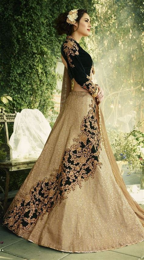 30  Bridal Lehenga Designs Images for Wedding Reception
