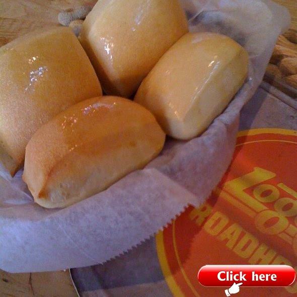 Bread Rolls @ Logan's Roadhouse copycat recipe. I've ...