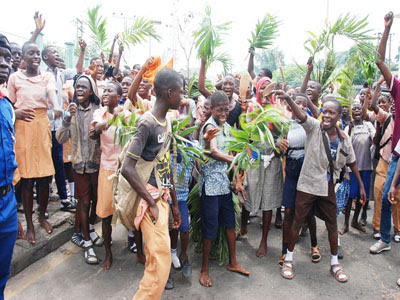 Oyo school pupils protest return of schools to missions