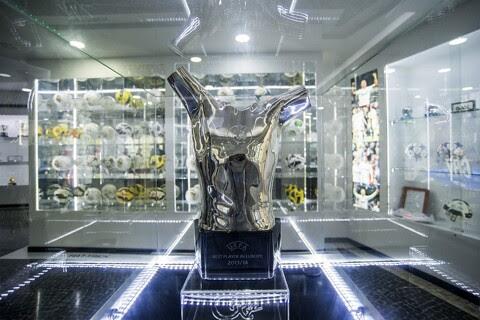 BREAKING: 2016/17 UEFA Men's Player of the Year: Cristiano Ronaldo