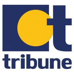 http://www.tribune.gr/world/news/article/372099/servitora-vazi-sto-edio-tis-loukaniko-prin-to-serviri-se-pelati-vinteo.html