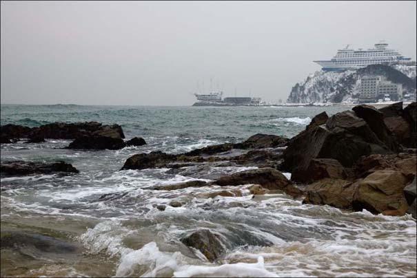 Ξενοδοχείο «κρουαζιερόπλοιο» πάνω σε λόφο (9)
