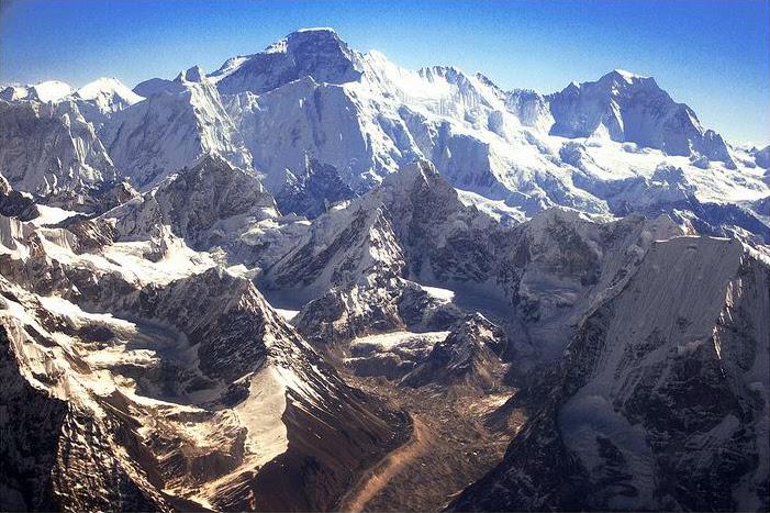 Cho Oyo, The Kingdom of Nepal